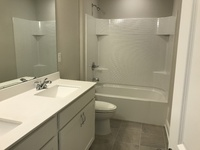 Secondary bathroom 2